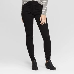 Universal Threads12  Pull On Jeggings Black